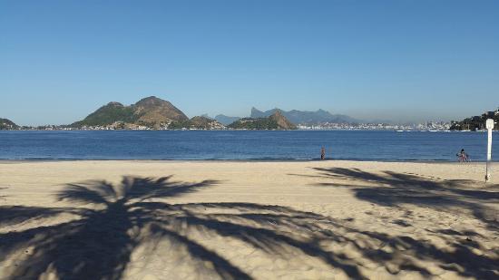 Sao Francisco Beach, in Niteroi, Rio de Janeiro, Brasil